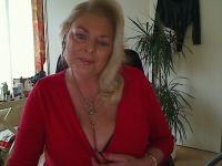 Nu live hete webcamsex met Hollandse amateur  yvonnehot?